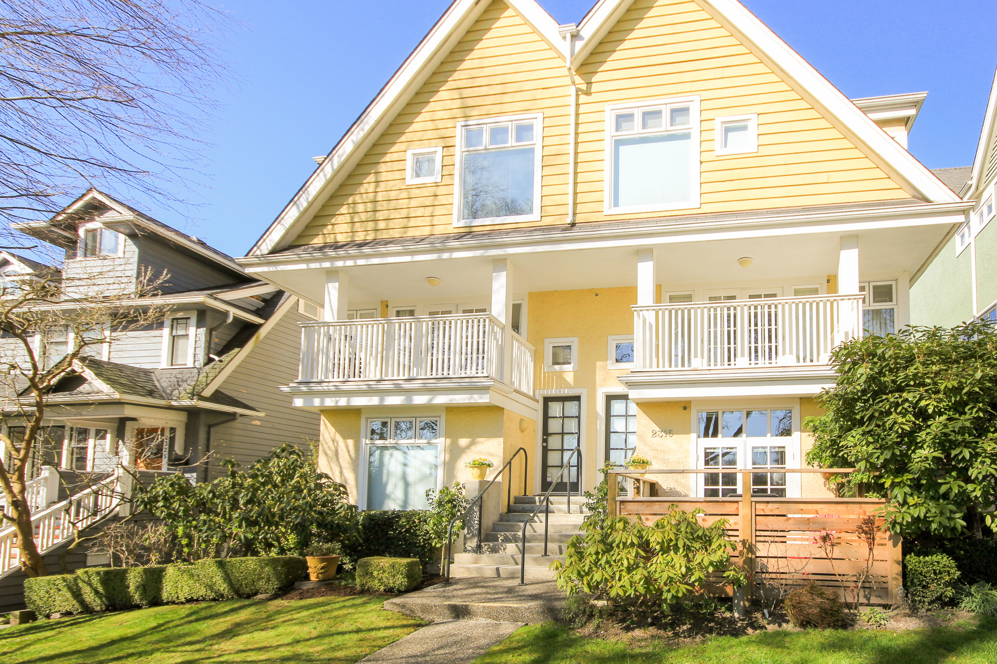 #1-2315 W 10th Ave, Vancouver