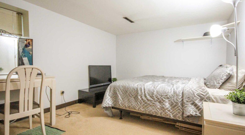 basement-bedroom1-2