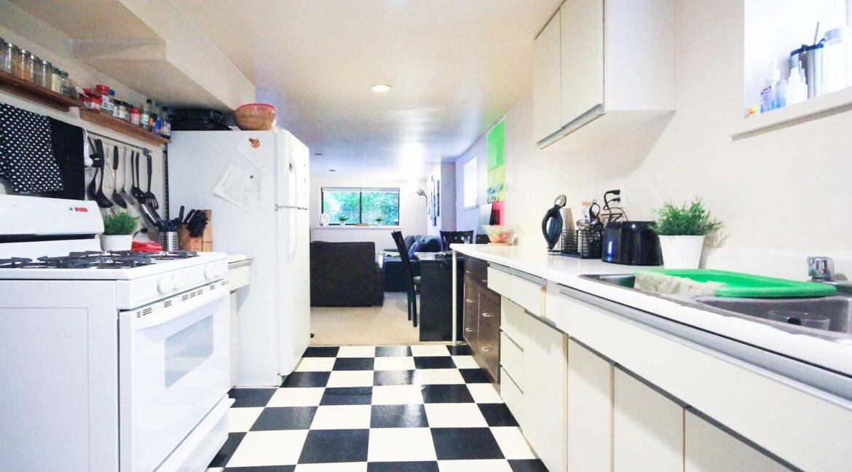basement-kitchenjpg