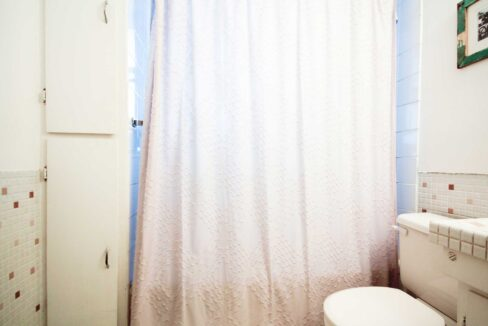 main-bathroom2